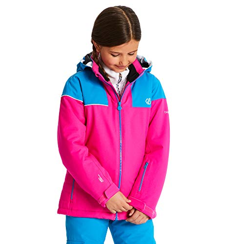 Dare 2b Kinder Entail Waterproof Breathable High Loft Insulated Foldaway Hooded Ski Snowboard Jacket with Snowskirt and Reflective Detail Jacke, Cyber Pink/Altantic Blue, 15-16 von Dare 2b